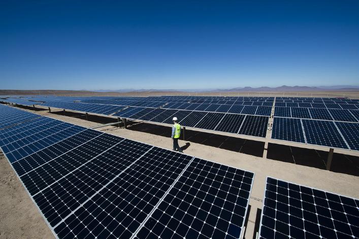 Électricité : les énergies renouvelables plus importantes que le charbon dès 2025