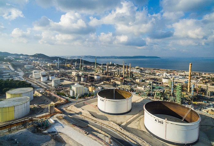 Total met en service la bioraffinerie de La Mède, malgré l'opposition écologiste