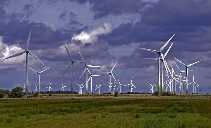 [Infographie] En 2020, l'éolien terrestre et le solaire seront moins chers que le charbon, le pétrole ou le gaz