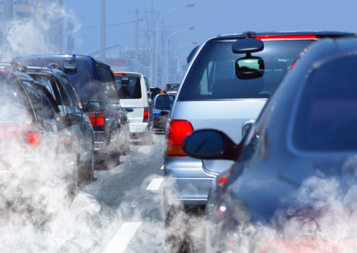 Émissions de CO2 : les constructeurs automobiles européens d'exposent à des milliards d'euros d'amendes en 2020