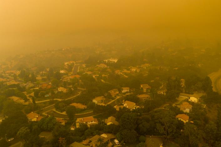 Fumee incendies Californie DAVID MCNEW GETTY IMAGES NORTH AMERICA Getty Images via AFP