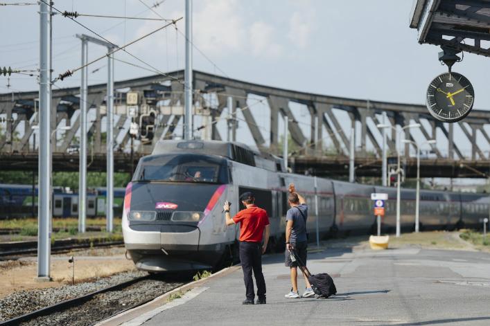 """La SNCF vise le titre de """"champion mondial de la mobilité durable"""" d'ici 10 ans"""