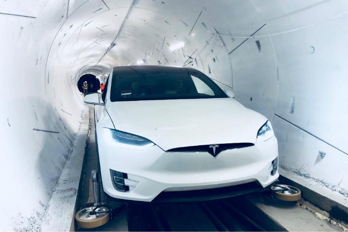Calendrier De L Avent Voiture.Calendrier De L Avent Le Tunnel D Elon Musk Va Propulser