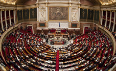 Assemblee nationale hemicycle plein vue panoramique