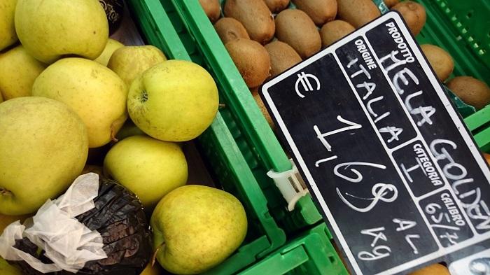 Alimentation : Macron annonce une loi pour mieux rémunérer les agriculteurs