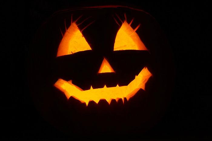 Bonbons, maquillage, costume : un frisson écolo pour Halloween