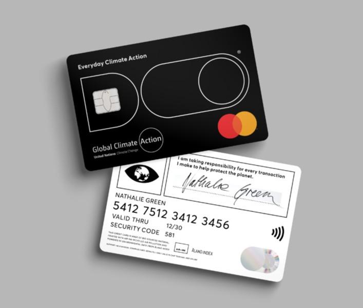 Carte Black Credit Du Nord.Bonne Nouvelle La Premiere Carte De Credit Qui Calcule