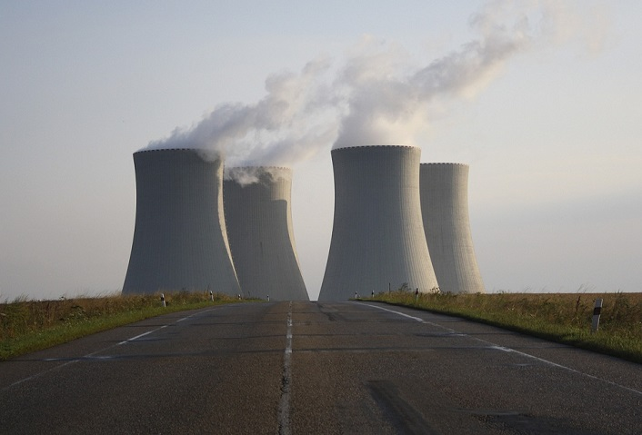 Nucleaire centrale pixabay